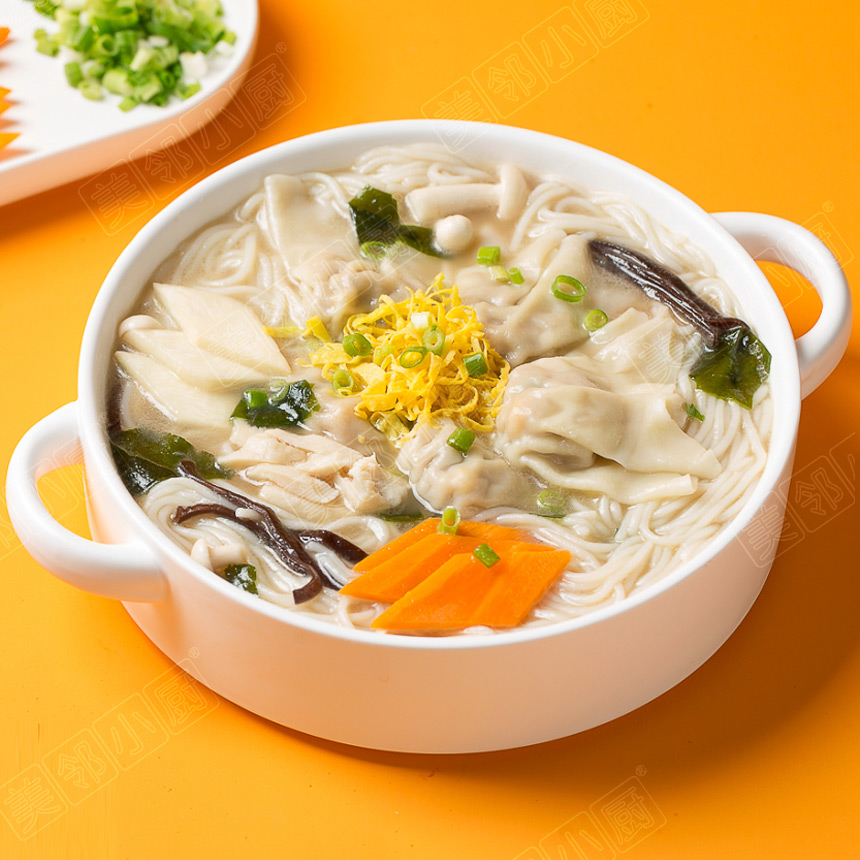菌汤玉米馄饨米线