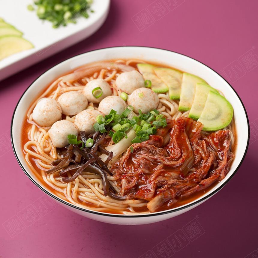 韩式泡菜鱼丸面